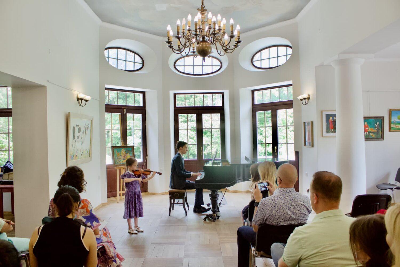 student of Unisono violin class, accompanied by Dr Artur Chmara, Pałac Fangora PAN - concert